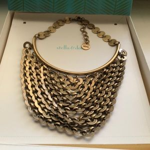 Bib style statement necklace